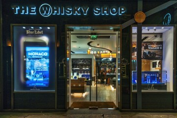 JOHNNIE WALKER BLUE LABEL PARTNERS WHISKY SHOP