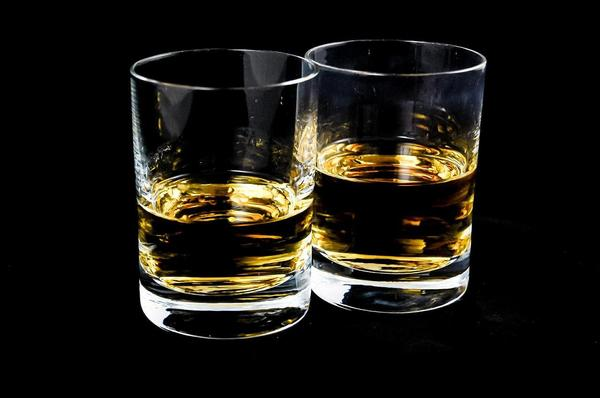 16 reasons drinking whisky